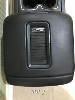 14-18 Sierra Silverado Center Console Crew Black Leather Armrest Lid Cup Holder