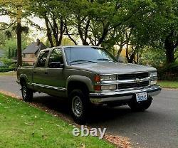 2000 Chevrolet Silverado 2500 LS 4X4 Crew Cab